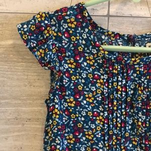 Epic Threads girls flower top size 5 and 6
